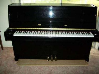 Nordiska Upright/Console Piano