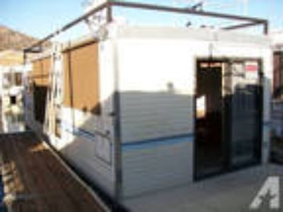 houseboat/guest barge 10'x30' -