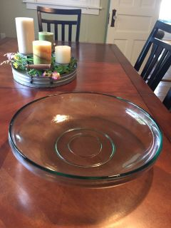 Green glass bowl. Approx 14 across. Old.