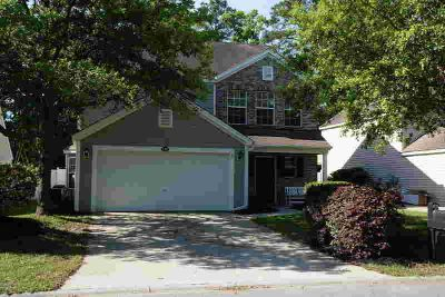 249 Stoney Crossing BLUFFTON, This spacious Four BR 2 1/2