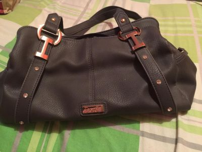 Brand new purse never used