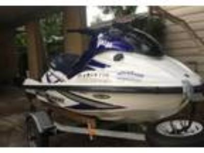 2001 Yamaha Wave-Runner-GP-1200-R Power Boat in Jacksonville, FL