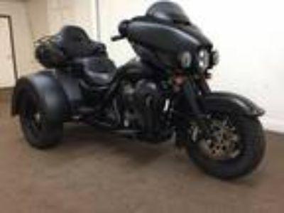 2014 Harley-Davidson Trike Tri Glide Ultra Limited FLHTCUTG Custom