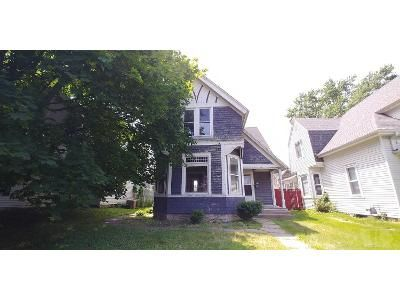 3 Bed 1.5 Bath Foreclosure Property in Burlington, IA 52601 - Summer St