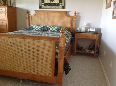 Peachy Queen Bed Furniture For Sale Classified Ads In Anchorage Interior Design Ideas Gentotryabchikinfo
