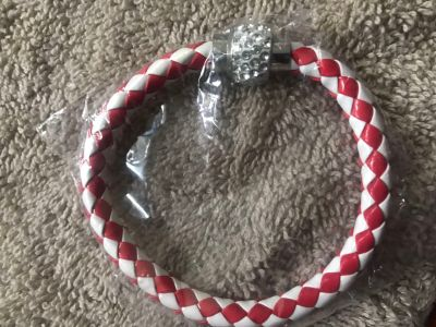 Girls magnetic clasp leather bracelet new
