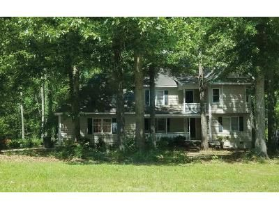 4 Bed 3.5 Bath Foreclosure Property in Warner Robins, GA 31088 - Springtime Dr