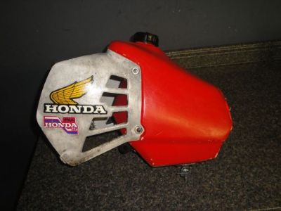 Buy 81 HONDA CR 125 CR125 GAS TANK OEM FUEL TANK COMPLETE NO LEAKS motorcycle in Norton, Massachusetts, United States, for US $24.00