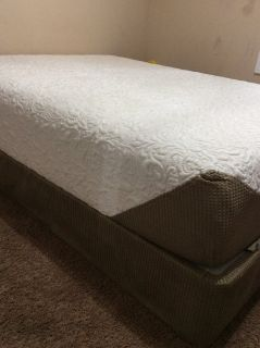 Queen Bed & Box Spring