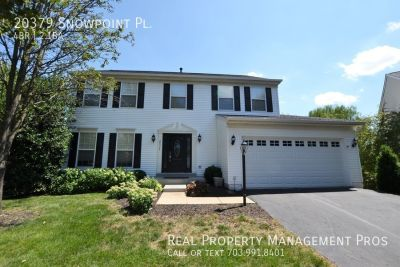 Beautifully Updated 4 Bedroom Colonial in the Heart of Ashburn!
