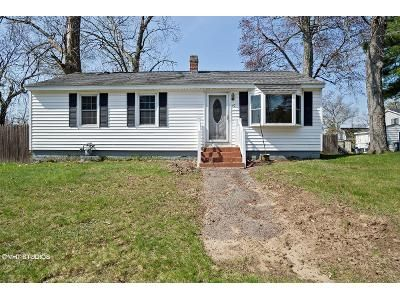 3 Bed 1 Bath Foreclosure Property in Dracut, MA 01826 - Springdale Rd