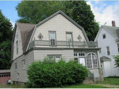 3 Bed 2 Bath Foreclosure Property in Jamestown, NY 14701 - Bowen St