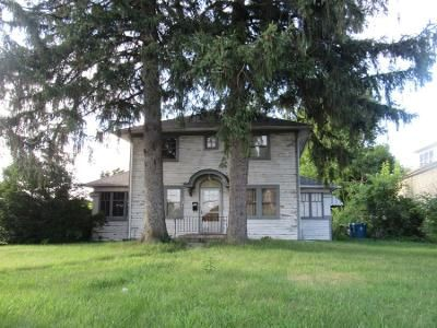 3 Bed 1 Bath Preforeclosure Property in Lowell, IN 46356 - W Commercial Ave