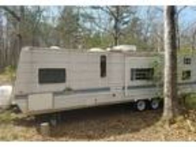 2003 Gulf Stream Innsbruck Travel Trailer in Pascoag, RI