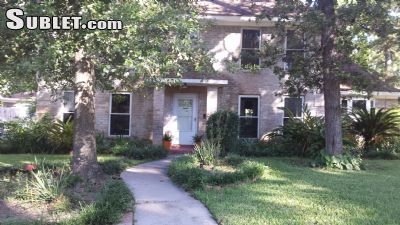 $4500 4 single-family home in NW Houston