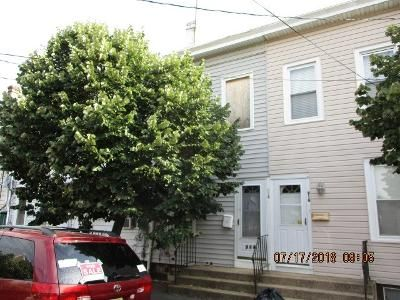 3 Bed 1 Bath Foreclosure Property in Trenton, NJ 08611 - S Clinton Ave # 1