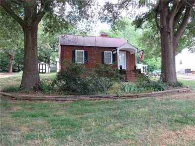2803 Florida Avenue KANNAPOLIS, Updated Two BR brick home