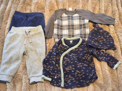 Old Navy Boys Clothes 6-12 mos Opposite season for June baby