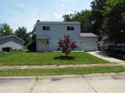 1116 S Sylvan Lane South Bend, Great opportunity with this 2