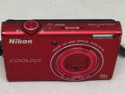 Nikon COOLPIX S6200 10x Wide Optical Zoom Red Digital Camera