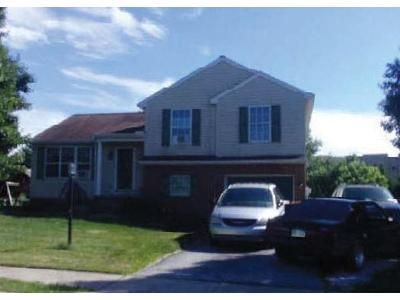 3 Bed 1 Bath Foreclosure Property in Manchester, PA 17345 - Beechwood Dr