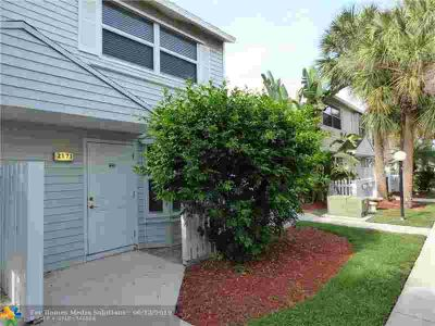 2571 NE 15th St 2571 Pompano Beach Two BR, This GORGEOUS north