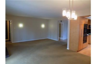 Spacious 3 bedroom-2 bathroom remodeled home in East For RENT