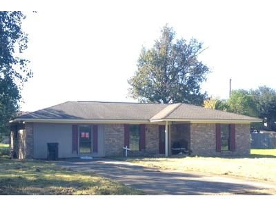 Preforeclosure Property in Bridge City, TX 77611 - Live Oak St