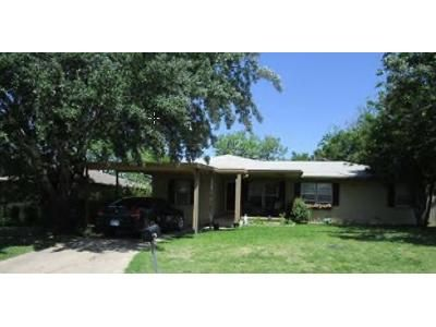 4 Bed 2.5 Bath Foreclosure Property in Lawton, OK 73505 - NW Lincoln Ave