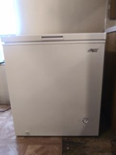 Artic King Chest Freezer