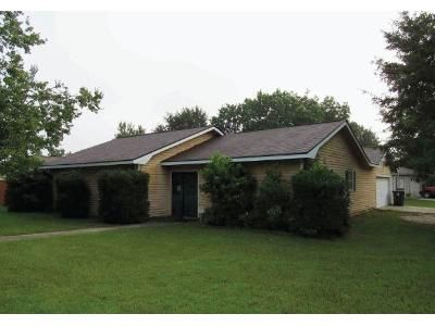 3 Bed 2 Bath Foreclosure Property in Warner Robins, GA 31088 - Countrywood Dr