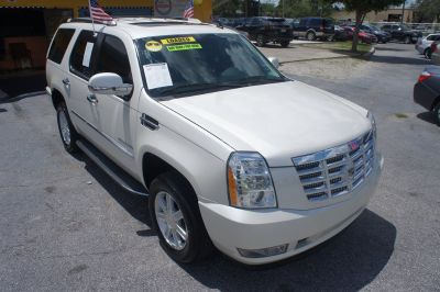 2011 Cadillac Escalade Base (White)