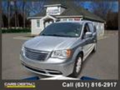 $15888.00 2015 CHRYSLER Town and Country with 59109 miles!