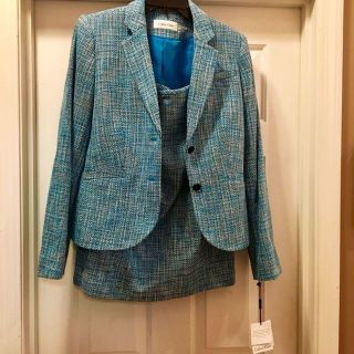 Jacket/Straight Skirt set. Sz 10. Calvin Klein. Turquoise blend color. New with tags. Never worn.