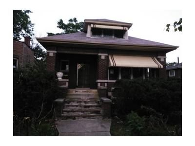 4 Bed 2 Bath Foreclosure Property in Chicago, IL 60643 - S May St