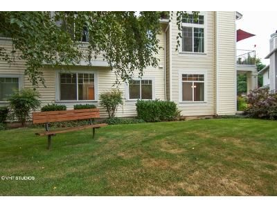 2 Bed 2 Bath Foreclosure Property in Kent, WA 98032 - S 234th St
