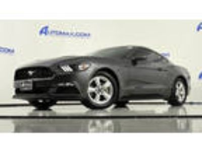 2016 Mustang Ford V6 2dr Fastback Gray Coupe RWD V6 3.70L