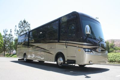 2013 Coachmen SPORTSCOACH CROSS COUNTRY 385DS