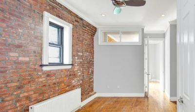 Lovely, renovated 2 bedroom duplex