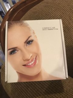 Luminess Air brush makeup system with makeup. only used a couple times.