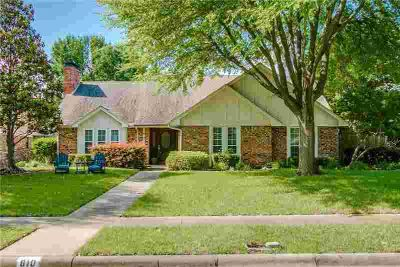 810 Grinnell Drive RICHARDSON Four BR, This beautifully updated