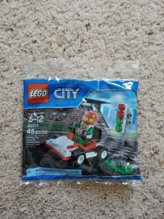LEGO City Set # 30314 - NEW