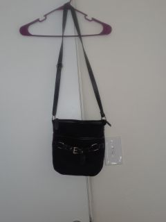 Crossbody purse only posted until Wed the 28th then will be deleted if not sold by than .