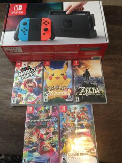 Selling Nintendo Switch with 5 Games
