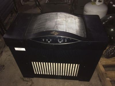 Large humidifier