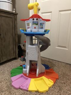 Paw patrol tower and friends