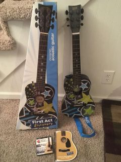 First Art Discovery Guitar