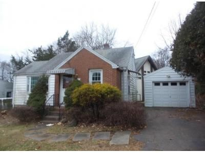 3 Bed 1 Bath Foreclosure Property in Middletown, CT 06457 - Barbara Rd