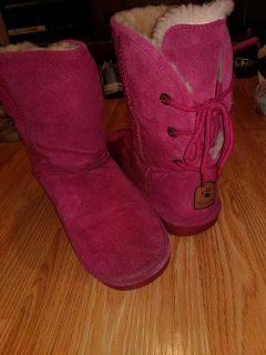 Bear paw pink sz10 boots $25