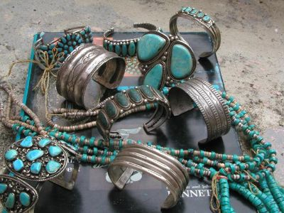 Native American Authentic INDIAN JEWELRY  Collectibles  also VINTAGE TOYS BUY,SELL,TRADE  CONSIGN